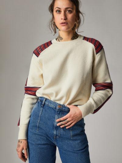 Pólók és pulóverek